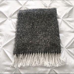 Urban Planet | Acrylic Blanket Scarf